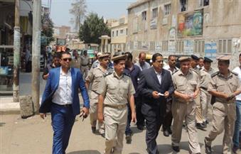 بالصور.. مدير أمن كفرالشيخ يقود حملة بشوارع المدينة لإزالة الإشغالات