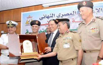 """وزير الصحة يسلم مستشفى """"مصطفي كامل بالاسكندرية"""" شهادة """"ISQua"""" لجودة الخدمات الصحية بالمستشفيات"""