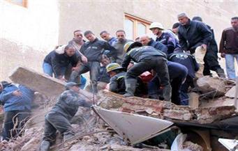 إصابة شخصين في انهيار أجزاء من عقار بالإسكندرية