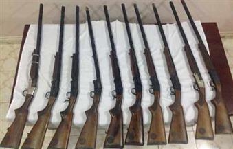 ضبط ثلاث بنادق خرطوش و45 طلقة بدون ترخيص في مطروح