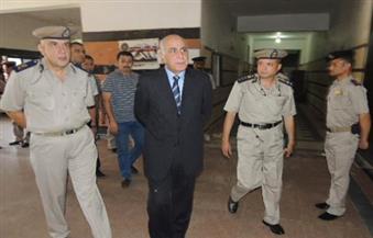 بالصور.. لليوم الثالث على التوالي.. مدير أمن المنيا يواصل جولاته المفاجئة على أقسام الشرطة والكمائن