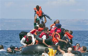 البحرية الملكية البريطانية تشارك في إنقاذ 700 مهاجر في البحر المتوسط