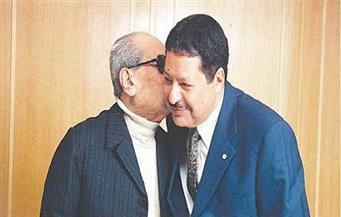 حوار نادر بين أحمد زويل ونجيب محفوظ منذ ١٦ عامًا