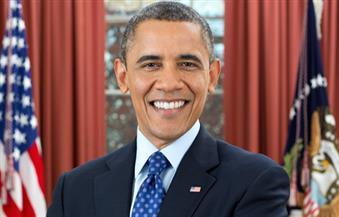 """أوباما يطفيء شموع آخر عيد ميلاد له في البيت الأبيض بـ """"مأكولات بحرية"""""""