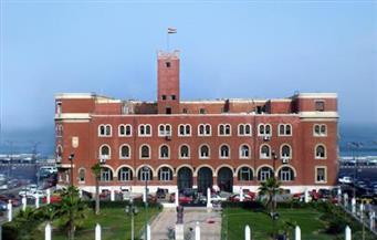 رئيس جامعة الإسكندرية: زيادة مكافآت النشر العلمي لتشجيع الباحثين