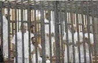 قاضي محاكمة أنصار بيت المقدس يرفع الجلسة لدخول أهالي المتهمين
