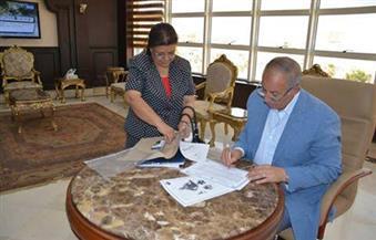 بالصور.. محافظ البحر الأحمر يعتمد نتيجة الدور الثاني لشهادات التعليم الأساسي