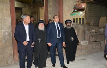 محافظ سوهاج يزور دير الأنبا شنودة لتقديم التهنئة بمناسبة صوم العذراء مريم