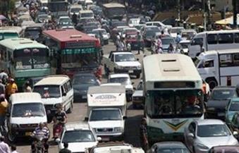 كثافات مرورية بمنطقة شيراتون بسبب تصادم سيارتي ملاكي