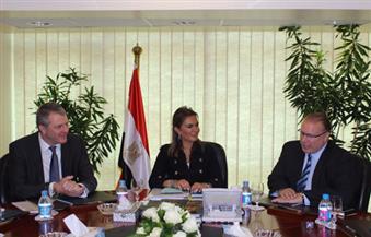 وزيرة التعاون الدولى تبحث تمويل مشروع القطار المعلق الذي يربط بين محافظة الجيزة ومدينة 6 أكتوبر