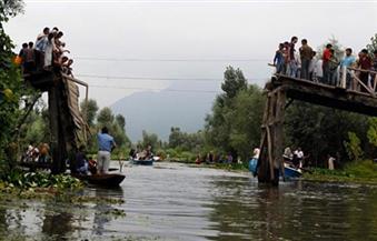 مقتل 16 شخصا وحصار آخرين إثر انهيار جسر في الهند