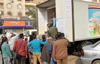 """الملاذ الأخير من جشع التجار.. مواطنون يلجأون لمنافذ """"الجيش"""" لمواجهة ارتفاع أسعار اللحوم ومطالب بزيادة الكميات"""