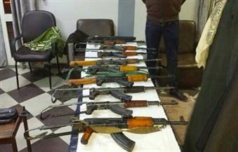 سقوط أخطر عصابة للاتجار في الأسلحة النارية وبحوزتها بنادق آلي وخرطوش ببولاق أبو العلا