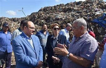بالصور.. محافظ اﻹسكندرية يتفقد محطة الزياتين لتجميع القمامة