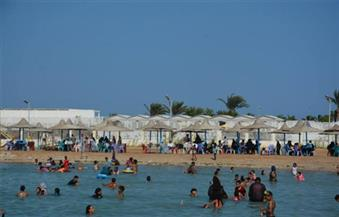 رئيس الإدارة المركزية للسياحة والمصايف بالإسكندرية يحذر المواطنين من نزول البحر دون وجود خدمات إنقاذ