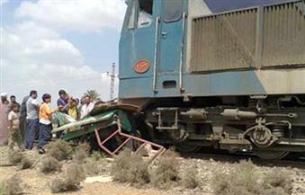 سيدتان وطفل ضحايا حادث تصادم قطار بسيارة ملاكي في قنا