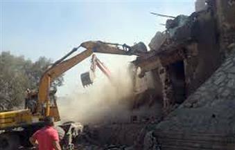 """رئيس حى السيدة زينب: استكمال أعمال الإزالة فى منطقة """"تل العقارب"""" لإعادة تطويرها"""