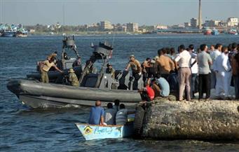 قبل دقائق من دفن 50 من ضحايا المركب الغارق.. إريترى يتعرف على جثتي ابن عمه وزوجته