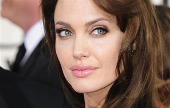أنجلينا جولي وبيل جيتس يتصدران قائمة الشخصيات الأكثر إثارة للإعجاب في العالم