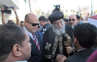 بالصور.. احتفال جماهيري شعبي بزيارة البابا تواضروس محافظة مطروح