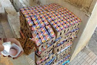 ضبط 740 عبوة زبادي غير صالحة للاستهلاك الآدمي بإحدى سيارات التوزيع في المنصورة