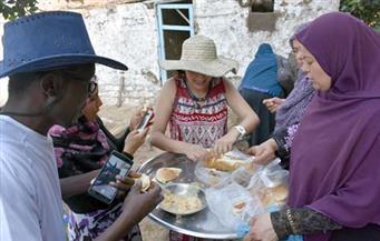 """بالصور .. بـ""""الفطير المشلتت"""" قرية المجد بالبحيرة تستقبل وفدًا من 19 دولة لنقل تجربتها فى التنمية"""