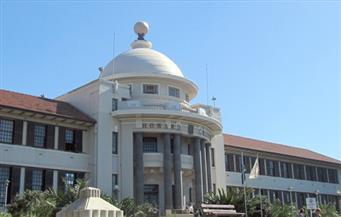 حرق مكتبة جامعية في جنوب إفريقيا واعتقال 32 طالبًا