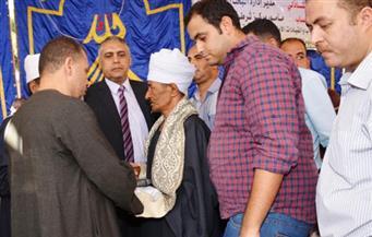 """بحضور محافظ سوهاج.. إنهاء خصومة ثأرية بين عائلتى """"فزاع"""" و""""عبدالكريم"""" بالمراغة"""