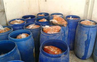ضبط 5 أطنان مخللات فاسدة و40 عبوة مبيدات زراعية مجهولة المصدر بالغربية