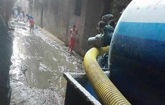 شفط تراكمات مياه الأمطار من رأس البر.. والسيطرة على طفح الصرف الصحي بـ 5 قرى في دمياط