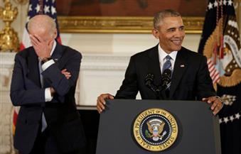 أوباما يفاجئ بايدن ويمنحه أعلى وسام مدني في الولايات المتحدة