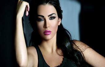 """قمر اللبنانية تنضم لـ""""حملة فرعون"""" مع عمرو سعد"""