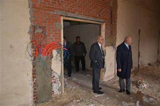رئيس جامعة الزقازيق يعلن تجهيز مبنى مؤقت لكلية الطب
