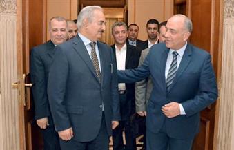 الفريق محمود حجازي يلتقي المشير خليفة حفتر لبحث تطورات الأزمة الليبية