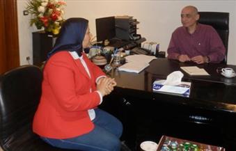 """خالد سرور: ليست هناك مؤامرة لإقالة مديرة """"الفن الحديث"""".. وأداؤها الوظيفي """"مترهل"""""""