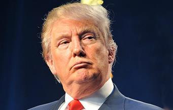 """ترامب يشيد باستقالة صحفيين في شبكة """"سي إن إن"""" ويشكو من """"الأخبار الزائفة"""""""