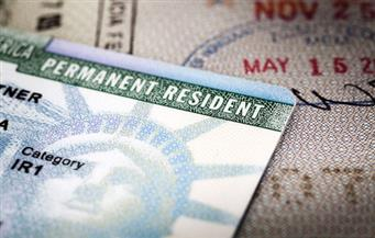 واشنطن تؤكد إعفاء حملة البطاقة الخضراء من حظر السفر