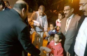 بالصور.. الوحدة المحلية لمدينة سفاجا توزع هدايا على أطفال الكنيسة