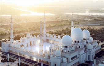 مسجد الشيخ زايد خامس أكبر مساجد العالم وزينة أبوظبى