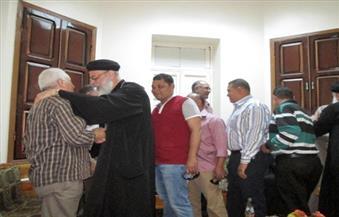 بالصور.. توافد مسلمى أسوان علي الكنائس لتقديم  التهنئة بعيد الميلاد