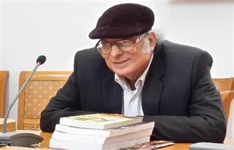 """وزير الثقافة ينعي الروائي أحمد الشيخ صاحب """"الناس في كفر عسكر"""""""