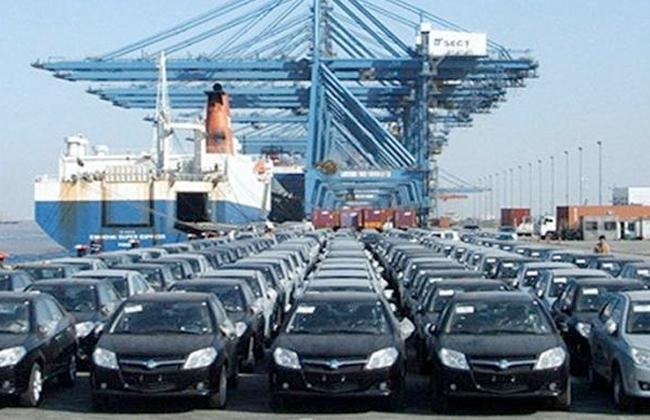 القاضي: الجمارك وتعويم الجنيه السبب الرئيسي لارتفاع أسعار السيارات -