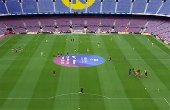إقامة لقاء برشلونة ولاس بالماس بدون جمهور.. واللاعبون يبدأون الإحماء