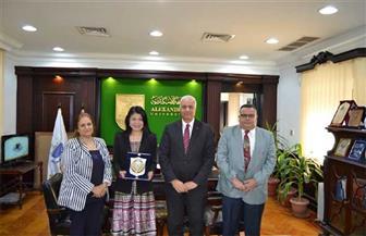رئيس جامعة الإسكندرية يبحث سبل التعاون مع نائب رئيس جامعة مكاو الصينية الأسبق | صور