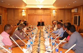 """""""الهجان"""" يعقد اجتماعًا لمناقشة آليات تنفيذ محور """"قوص - نقادة"""" على النيل"""