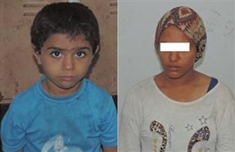 ضبط فتاة استغلت طفلًا مختطفًا لاستعطاف المارة بمحطة مترو محمد نجيب