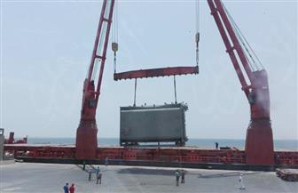 طوارئ بميناء سفاجا لاستقبال 385 طن معدات قادمة من إيطاليا لمصنع كيما بأسوان | صور