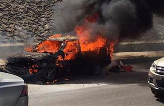 اشتعال النيران فى سيارة أعلى كوبرى التونسى