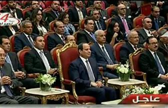 """الرئيس السيسي يكلف الحكومة بتشكيل لجنة لدراسة """"أفكار الشباب"""" والتحرك لبنائها"""