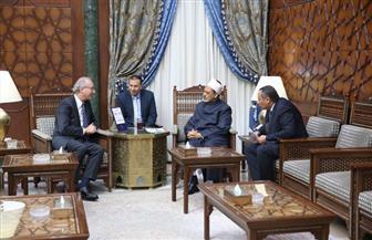 سفير الأرجنتين الجديد: لقاء الإمام الأكبر وبابا الفاتيكان بمشيخة الأزهر حظي باهتمام وتقدير شعبنا